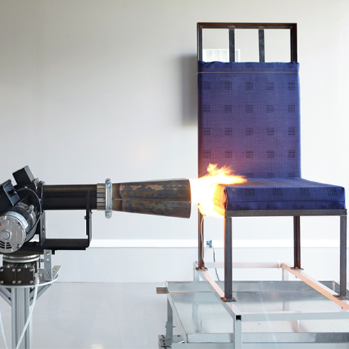 Aircraft seat cushion fire test (oil burner for seat cushion)